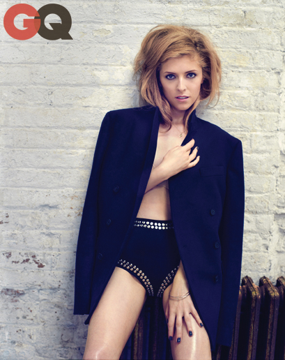 Anna Kendrick topless pour le magazine GQ