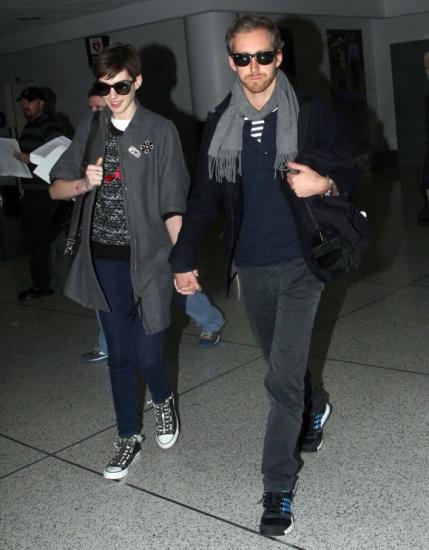 Anne Hathaway s est eloignee de son mari durant le tournage de Les Miserables