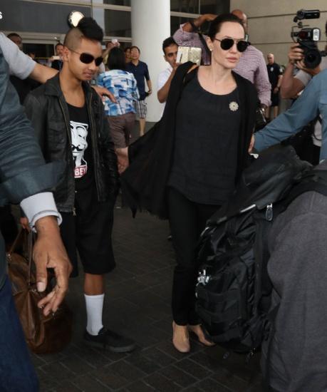 Brad Pitt et Angelina Jolie ont consulte un specialiste de la question transgenre pour Shiloh