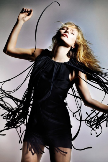 kate moss sassocie a topshop pour creer une collection capsule