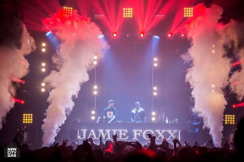 L acteur Jamie Foxx est passe par le New City Gas de Montreal ce week end SPOTTED