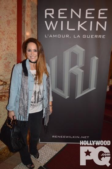 Marc Dupre presente sa protegee au lancement du premier album de Renee Wilkin