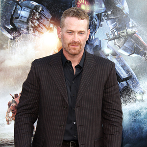 Max Martini jouera Jason Taylor dans Fifty Shades Of Grey