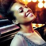 Photoshoot: Alicia Keys pour Vogue