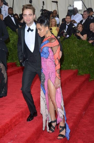 Robert Pattinson FKA twigs couple