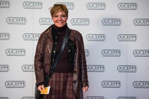 Un GROS tapis rouge pour la premiere de Judy Garland la fin dune etoile chez Duceppe