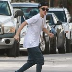 Justin Bieber Shops For Sneakers In Miami