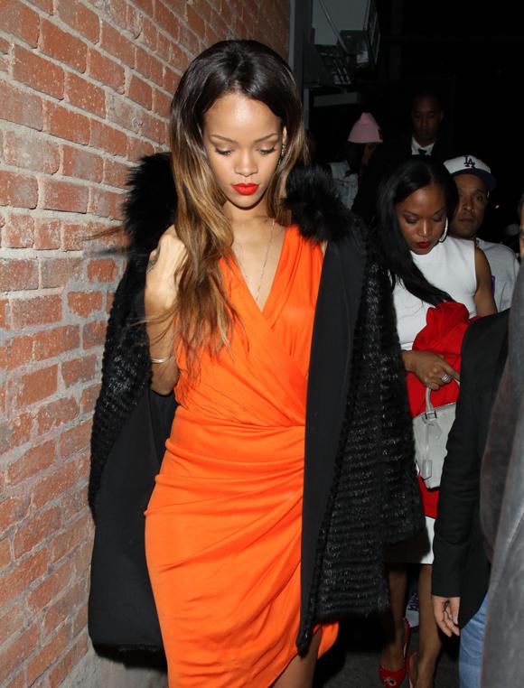 Rihanna lancera une ligne de cosmétiques en collaboration avec MAC