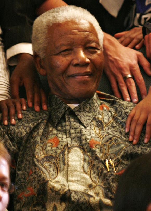 Nelson Mandela est décédé