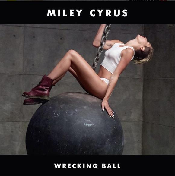 La Bande Raide parodie la vidéo Wrecking Ball de Miley Cyrus avec la voix de Claude Legault