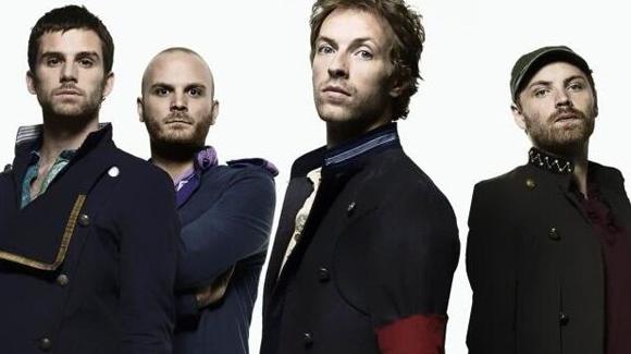 Coldplay dévoile un vidéoclip pour accompagner sa nouvelle chanson Midnight
