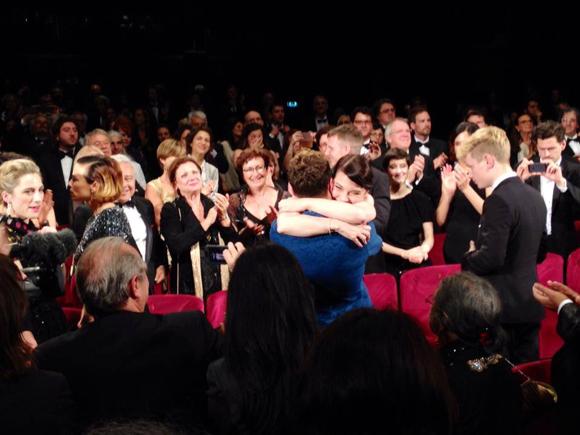 Une ovation debout de 13 minutes pour Xavier Dolan à la première de Mommy à Cannes