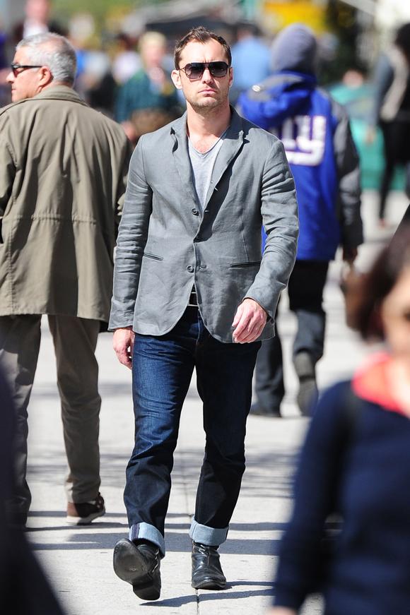 Jude Law est père pour la cinquième fois.