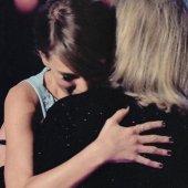 Le discours émouvant de la maman de Taylor Swift aux Country Music Awards