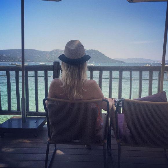 Caroline Néron en lune de miel en Corse