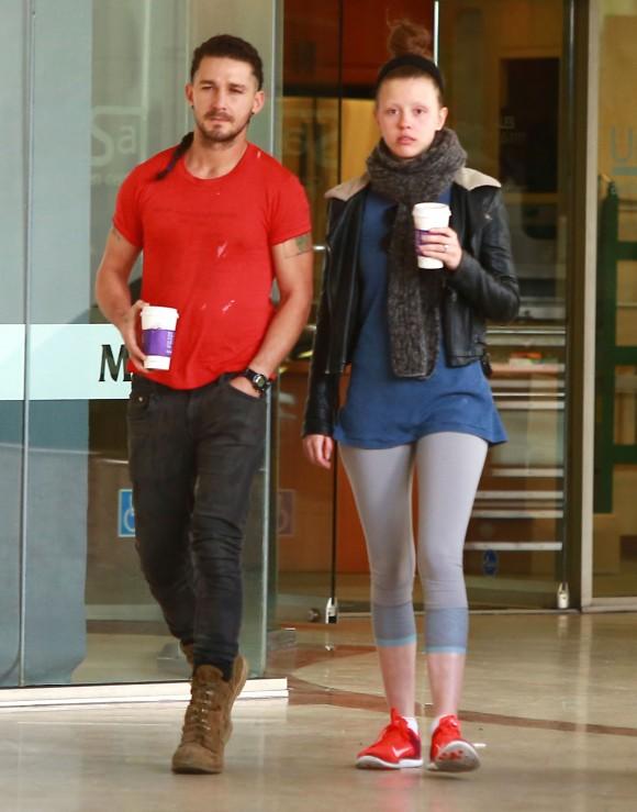 Shia LaBeouf admet qu'il aurait pu tuer sa blonde Mia Goth pendant une violente bagarre