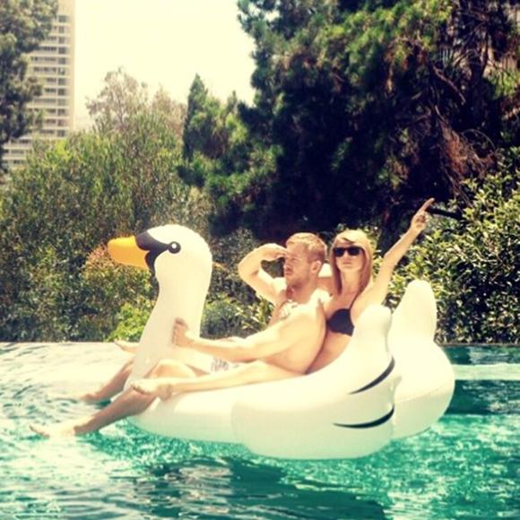 Taylor Swift et Calvin Harris nient les rumeurs de rupture