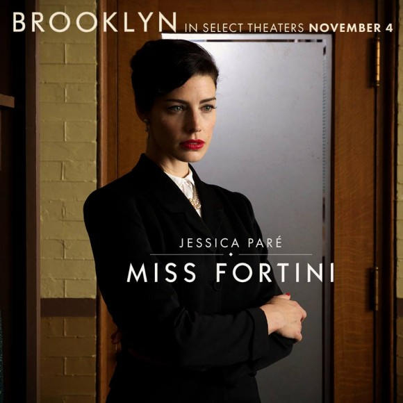 Jessica Paré joue dans le film Brooklyn