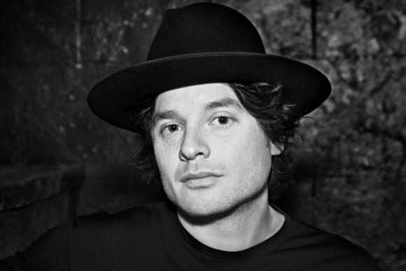 Yann Perreau dévoile l'extrait J'aime les oiseaux tiré de son nouvel album