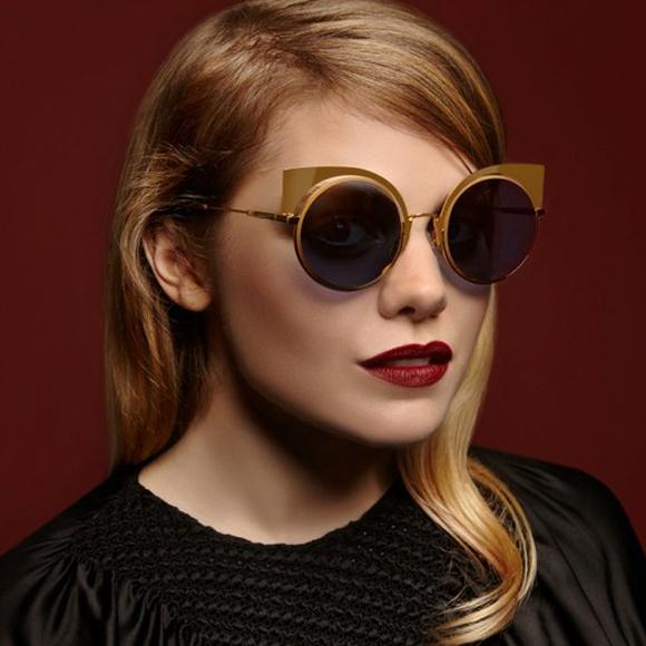 4b4499b6a9d38 Lunettes de soleil fendi nouvelle collection - Tout sur les lunettes