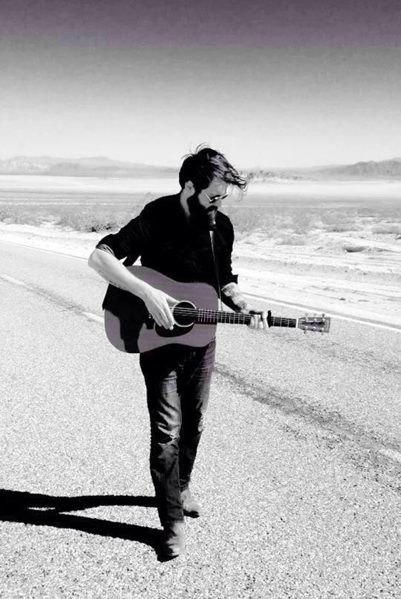 La Voix 4 - Ryan Kennedy lance la version française de la chanson Honest Song