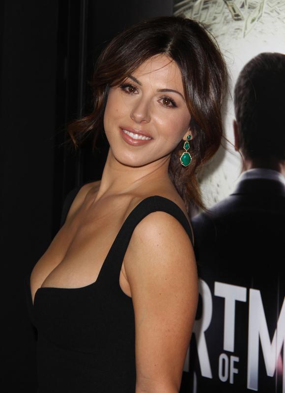 Cristina Rosato joue dans le film The Summer Villa avec Hilarie Burton à Montréal