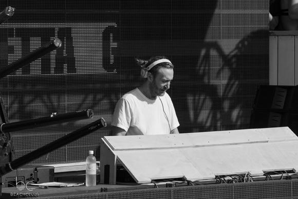 David Guetta impressionné par sa visite au Beachclub de Pointe-Calumet