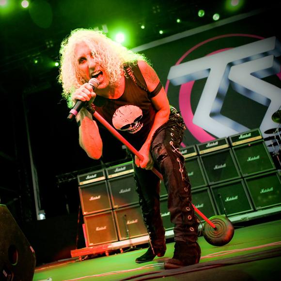Twisted Sister envoit chier le festival Amnesia Rockfest de Montebello