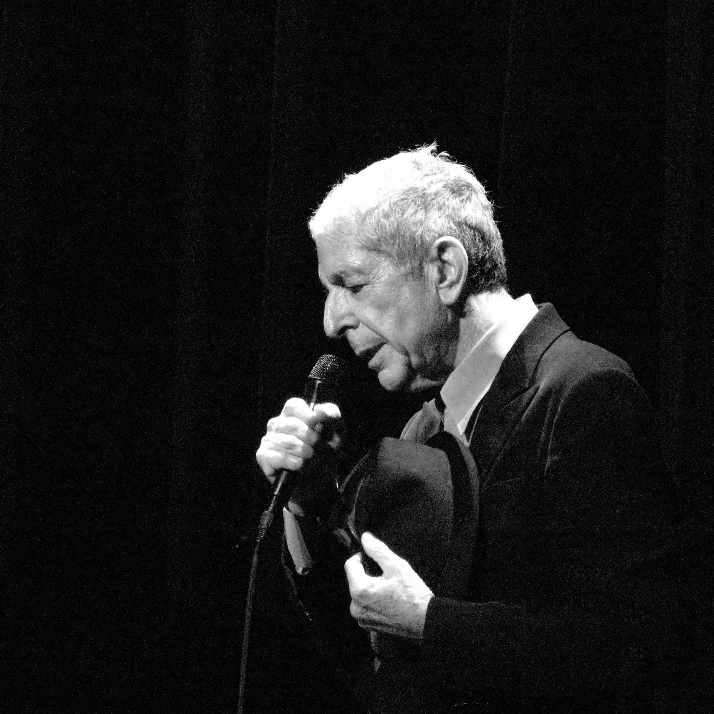 Leonard Cohen meurt à 82 ans : les stars du monde sous le choc