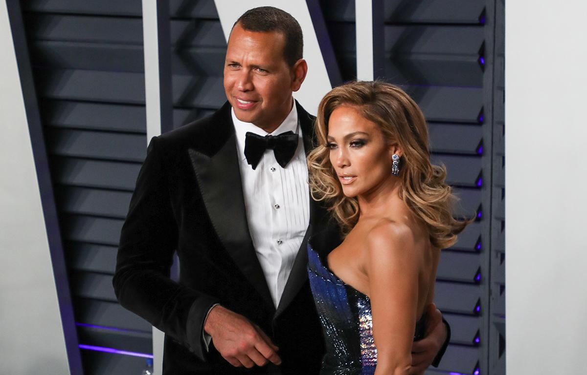 Après les fiançailles: Jennifer Lopez fait face à des rumeurs d'infidélité