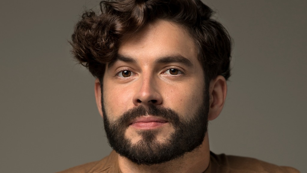 Découvrez Renaud, le doyen d'OD Chez nous | Hollywoodpq.com