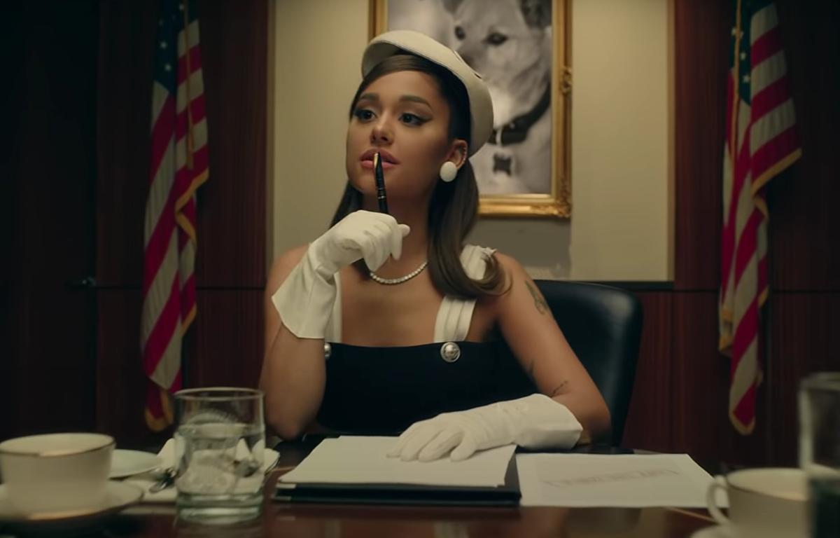 Ariana Grande fait un pied de nez à Trump dans son nouveau clip à quelques jours des élections!